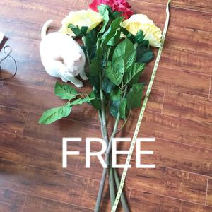 Free Tall Faux Flowers for Sale in Los Angeles, CA