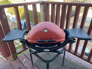 Weber gas grill for Sale in Bell, CA
