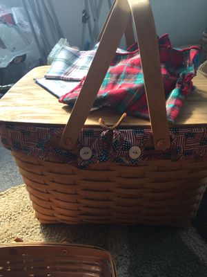 Longaberger patriotic Pie Basket with stand . Good condition. for Sale in Collinsville, IL