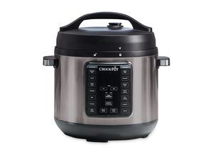 Crock-pot 8 qt. Express crockpot pressure cooker for Sale in West Haven, UT