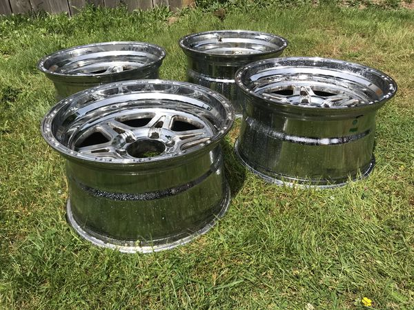 "18"" Six Spoke Deep Dish Chrome 6 Lug Wheel/Rims for Chevy Truck (set of 4)"