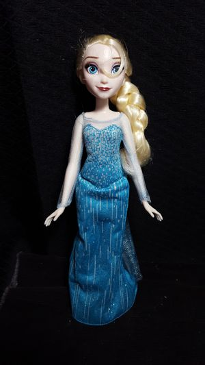 "Disney Frozen Doll 11 1/2"" for Sale in Zanesville, OH"