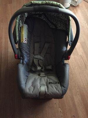 Graco car seat for Sale in Hurricane, WV