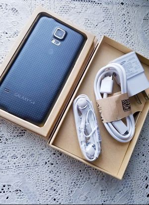 "Samsung Galaxy S5 ,,Factory UNLOCKED Excellent CONDITION ""as like nEW"" for Sale in VA, US"