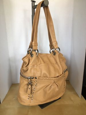 B Makowsky genuine leather tote bag purse retails for $300 for Sale in Norwich, CT