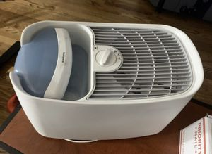 Honeywell Germ Free Humidifier (needs new filter) for Sale in Stockton, CA