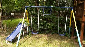 Kids Swing set for Sale in Cleveland, OH