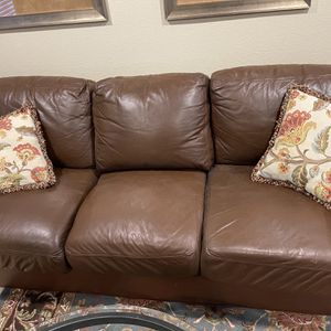 Leather Couch And Chair - Arizona Leather Prescott for Sale in Chula Vista, CA