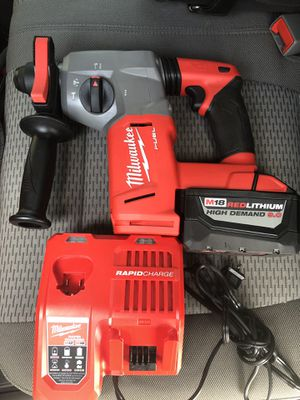 Milwaukee SDS hammer, chipping, drill functions with 9.0 batt and charger asking 400 firm for Sale in Lakeland, FL