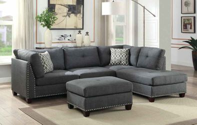 🔥New! Comfy grey sofa chaise sectional w/XL storage ottoman + pillows for Sale in San Diego,  CA