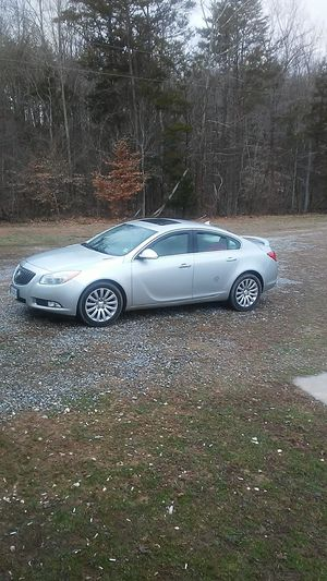 2012 Buick regal for Sale in Farmville, VA