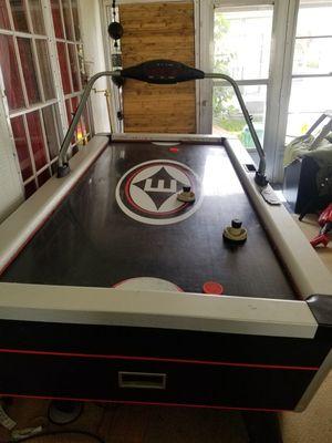 Easton air hockey table for Sale in Sebastian, FL
