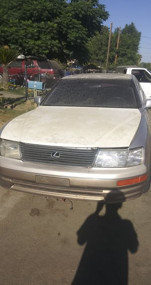 98 ls400 for parts for Sale in Bakersfield, CA