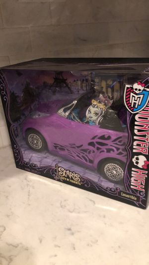 Monster High Scaris City of Frights Doll Convertible for Sale in Chesapeake, VA
