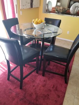 Kitchen Round Glass & Chairs for Sale in Lancaster, CA
