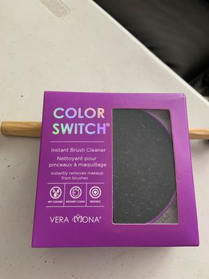 Vera Mona Color Switch Solo Instant Makeup Brush Cleaner for Sale in La Mirada, CA