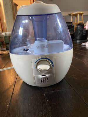 Vick's Humidifier for Sale in Boston, MA