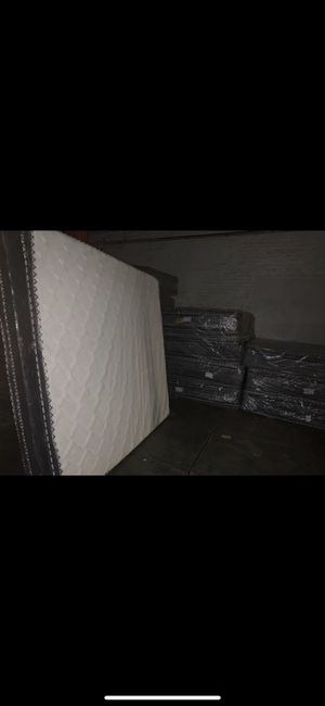 Mattress and box spring all sizes available delivered same day 🚛 for Sale in Deerfield, IL