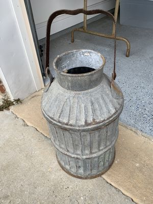 Antique oil can for Sale in Ocean Springs, MS