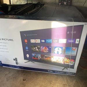 65 Inch TCL Android Smart Tv for Sale in Des Moines, WA