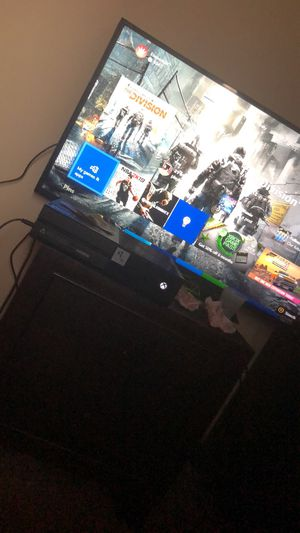 1tb Xbox one with cords an one Controller for Sale in Detroit, MI