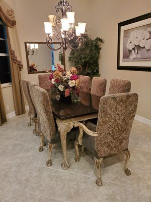 High end dining table with 8 chairs for Sale in Pompano Beach, FL