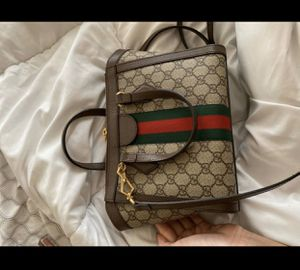 Gucci bag for Sale in Gilbert, AZ