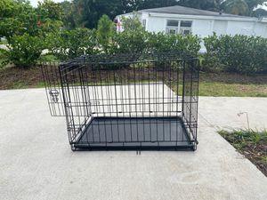 You & Me medium dog crate for Sale in Oakland Park, FL