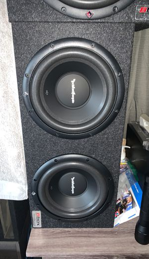 """Brand New (2) 10"""" Rockford Fosgate subwoofers, amplifier & kit for Sale in Los Angeles, CA"""