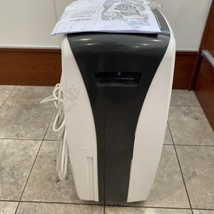 Whirlpool Dehumidifier for Sale in Los Angeles, CA