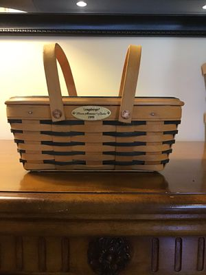 1999 Longaberger Woven Memories Basket for Sale in Charlestown, IN