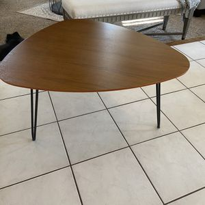 Coffee Table for Sale in Visalia, CA