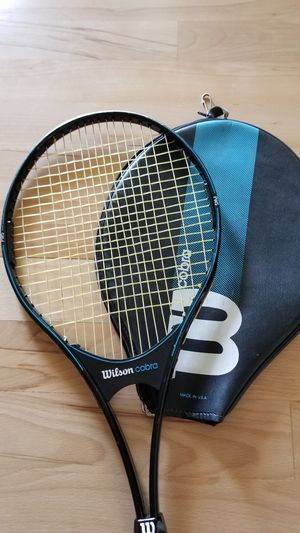 WILSON COBRA largehead VTG 1987 aluminum tennis racket w/cover for Sale in Tacoma, WA