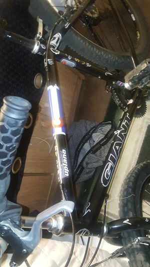 Bike GIANT upland for Sale in Longmont, CO
