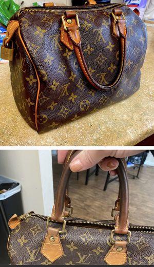Authentic and vintage Louis Vuitton handbag for Sale in Deltona, FL
