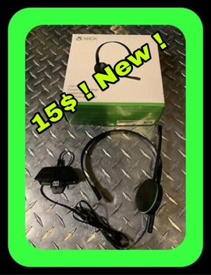Xbox one headset never used new for Sale in Loxahatchee, FL