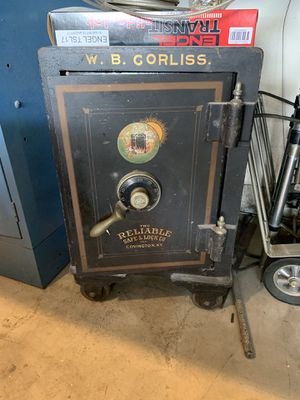 WB Corliss Safe — antique safe collector safe by the Reliable Safe and Lock Covington K Y for Sale in Fountain Valley, CA