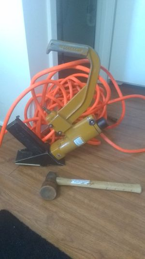 Hardwood floor nail kit what's 50 foot hose in hammer, gun for Sale in Marietta, GA