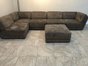 Modern modular couch set for Sale in Fort Myers, FL