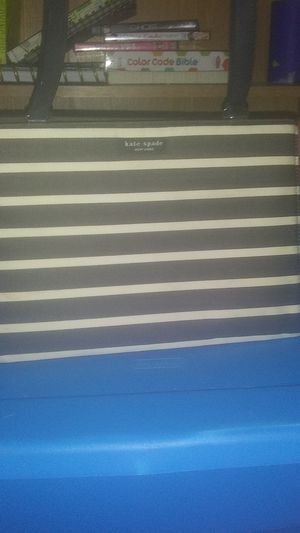 Black and white stripe Kate Spade small handbag for Sale in Galena, OH