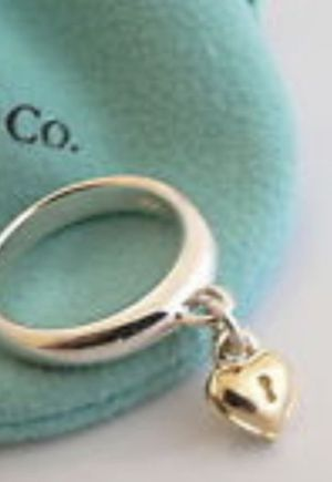 VINTAGE TIFFANY&CO DANGLING HEART RING! Rare! Stackable! Sterling silver 18K great holiday 🎁 for Sale in Medford, NJ