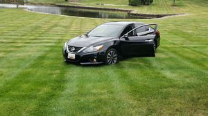 2016 Nissan Altima sr for Sale in Silver Spring, MD