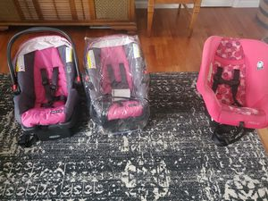 Car seats/baby seats for Sale in Pleasant View, TN