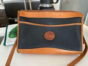 Dooney & Bourke shoulder bag for Sale in Brooklyn, NY