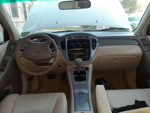Toyota highlander for Sale in Los Angeles, CA