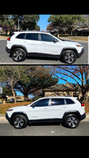 2014 JEEP CHEROKEE 4WD TRAILHAWK (94k miles) for Sale in San Antonio, TX