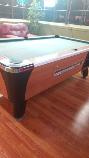 Coin operated Pool table! for Sale in Wethersfield, CT