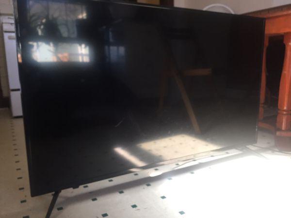 50 inch tv (Fairly New)