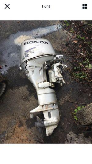 Honda 25 hp outboard motor for Sale in Fairfax, VA