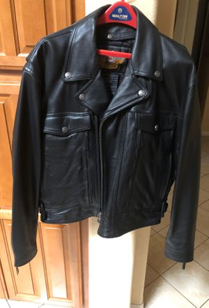 Leather Motorcycle jacket XL snap out lining. Like New for Sale in Las Vegas, NV